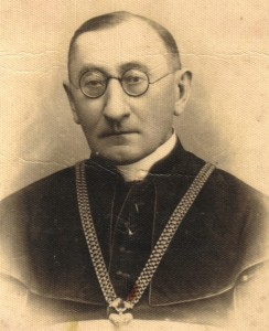 Ks. Antoni Rewera (1869-1942)
