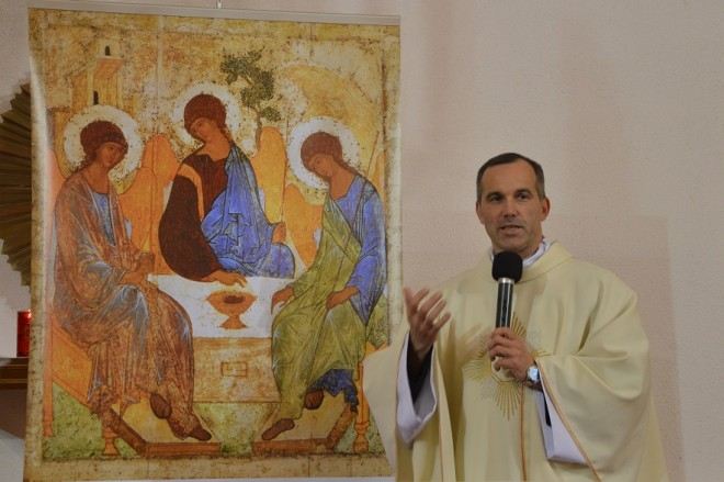 Chwała Ojcu i Synowi, i Duchowi Świętemu